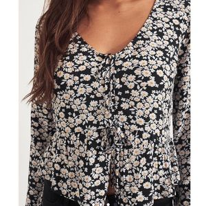 Daisy Floral Tie Front Peplum Top